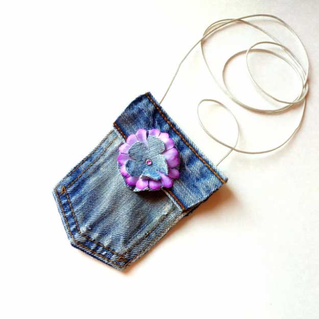 Cool Crafts You Can Make for Less than 5 Dollars | Cheap DIY Projects Ideas for Teens, Tweens, Kids and Adults | No-Sew Mini Blue Jean Purse | http://diyprojectsforteens.com/cheap-diy-ideas-for-teens/