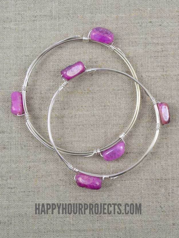 Cool Crafts You Can Make for Less than 5 Dollars | Cheap DIY Projects Ideas for Teens, Tweens, Kids and Adults | Wire Wrapped Bead Bangle | http://diyprojectsforteens.com/cheap-diy-ideas-for-teens/