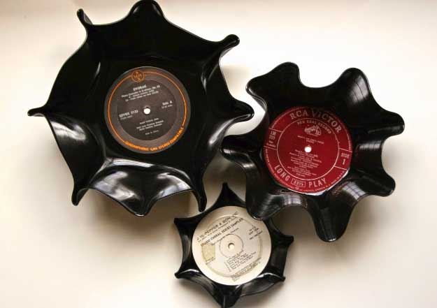 Cool Crafts You Can Make for Less than 5 Dollars | Cheap DIY Projects Ideas for Teens, Tweens, Kids and Adults | DIY Vinyl Record Bowls | http://diyprojectsforteens.com/cheap-diy-ideas-for-teens/
