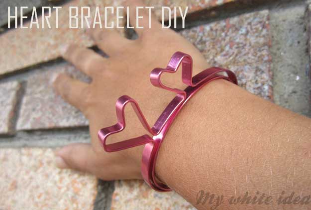 Cool Crafts You Can Make for Less than 5 Dollars | Cheap DIY Projects Ideas for Teens, Tweens, Kids and Adults | Heart Bracelet | http://diyprojectsforteens.com/cheap-diy-ideas-for-teens/