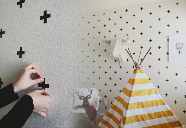 DIY Craft Projects for Wall Art - Washi Tape Patterned Wall Paper