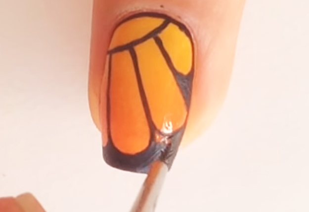 DIY-Monarch-Butterfly-Nail-Art-11