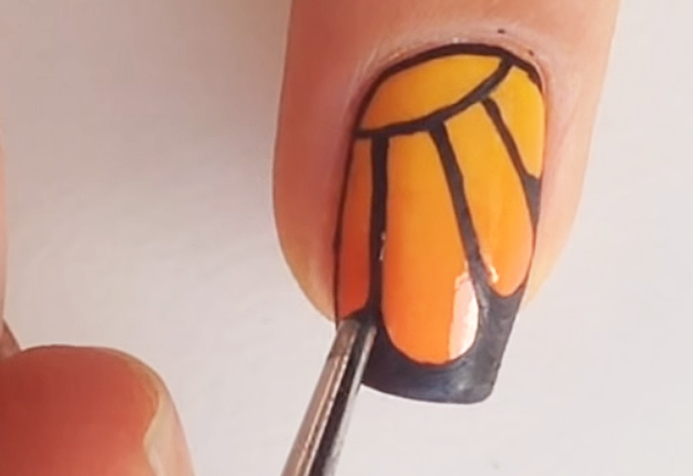 DIY-Monarch-Butterfly-Nail-Art-12