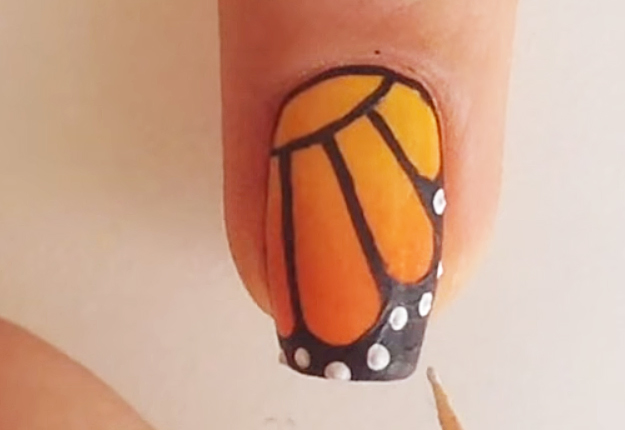 DIY-Monarch-Butterfly-Nail-Art-13