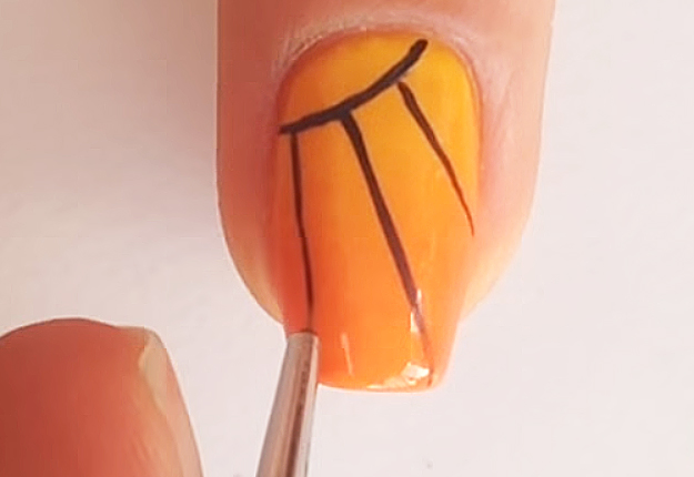 DIY-Monarch-Butterfly-Nail-Art-8