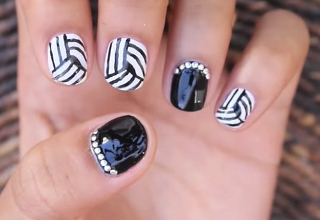 How-to-Make-an-Easy-Optical-Illusion-Nail-Art-10
