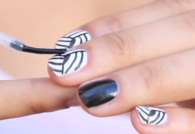 How-to-Make-an-Easy-Optical-Illusion-Nail-Art-8