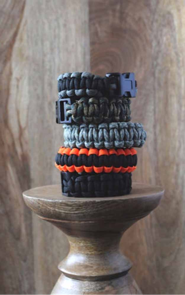 Cool Crafts You Can Make for Less than 5 Dollars | Cheap DIY Projects Ideas for Teens, Tweens, Kids and Adults | Paracord Bracelets | http://diyprojectsforteens.com/cheap-diy-ideas-for-teens/