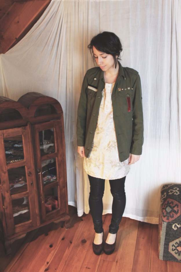 Cool DIY Fashion Ideas | Fun Do It Yourself Fashion projects | Learn how to refashion and sew jeans, T-shirts, skirts, and more | DIY Adorned Military Jacket | http://diyprojectsforteens.com/cool-diy-fashion-ideas/
