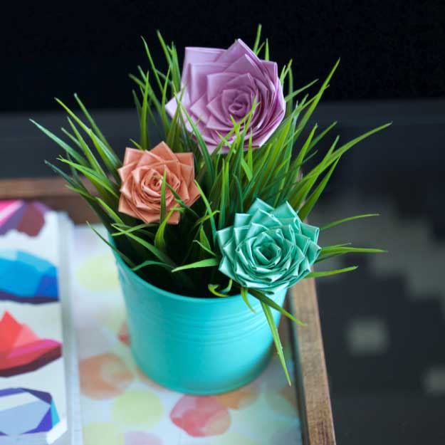 Duct Tape Crafts Ideas for DIY Home Decor, Fashion and Accessories | DIY Duct Tape Pastel Rose | DIY Projects for Teens | http://diyprojectsforteens.com/duct-tape-projects/