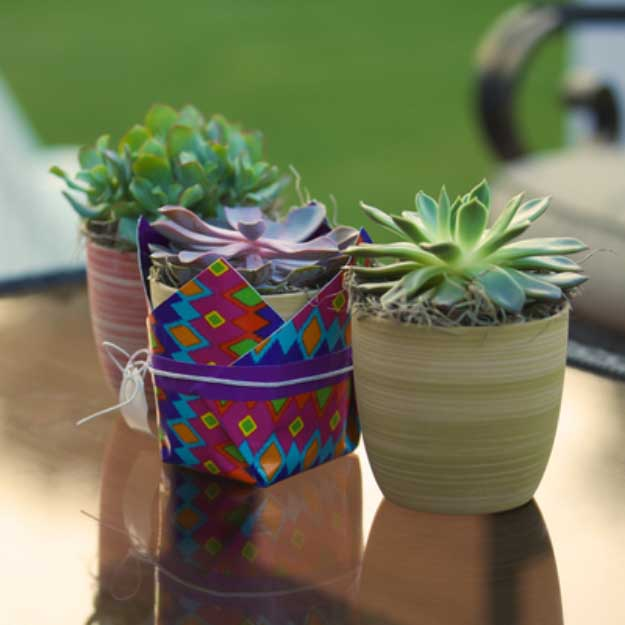 Duct Tape Crafts Ideas for DIY Home Decor, Fashion and Accessories | Duck Tape Plant Holder | DIY Projects for Teens #teencrafts #kidscrafts #ducttape #cheapcrafts /