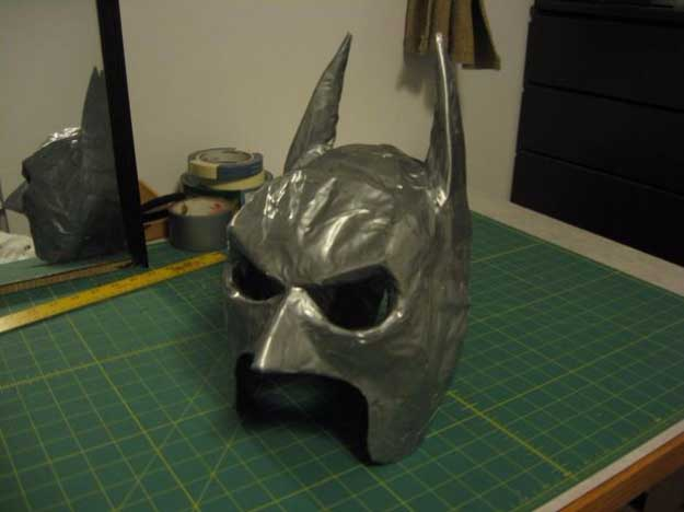 Duct Tape Crafts Ideas for DIY Home Decor, Fashion and Accessories | Duct Tape Batman Mask | DIY Projects for Teens | http://diyprojectsforteens.com/duct-tape-projects/