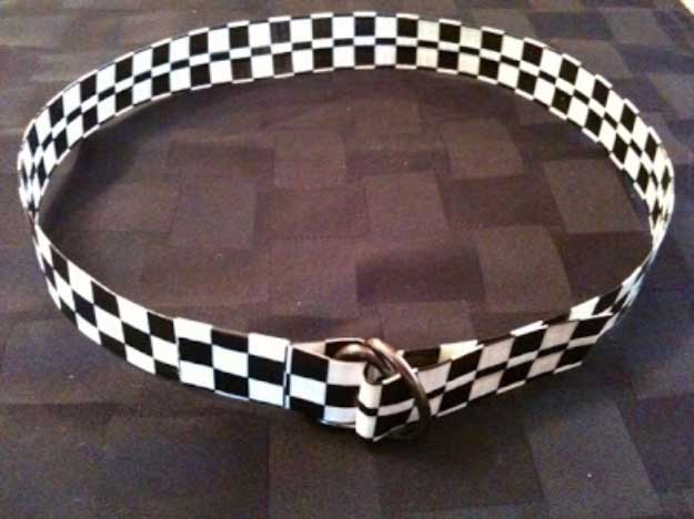 Duct Tape Crafts Ideas for DIY Home Decor, Fashion and Accessories | Duct Tape Belt | DIY Projects for Teens | http://diyprojectsforteens.com/duct-tape-projects/