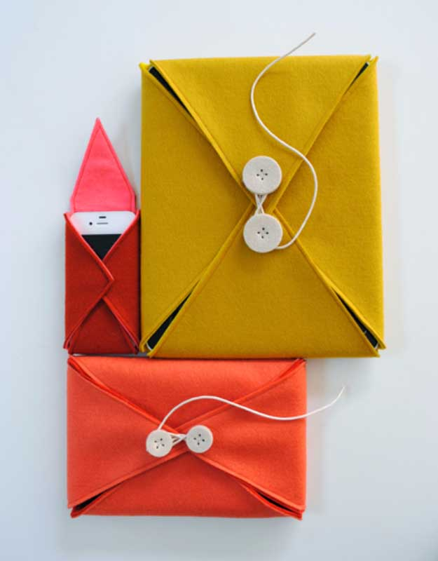 Cool DIY Ideas for Your iPhone iPad Tablets & Phones | Fun Projects for Chargers, Cases and Headphones | Felt Cases | http://diyprojectsforteens.com/diy-projects-iphone-ipad-phone/