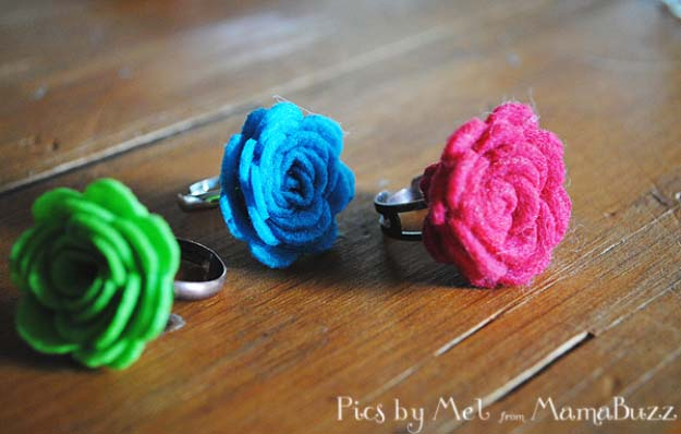 Fun DIY Jewelry Ideas | Cool Homemade Jewelry Tutorials for Adults and Teens | Awesome Bracelets, Necklaces, Earrings and Accessories You Can Make At Home | Flower Rings | http://diyprojectsforteens.com/fun-diy-jewelry-ideas-for-teens