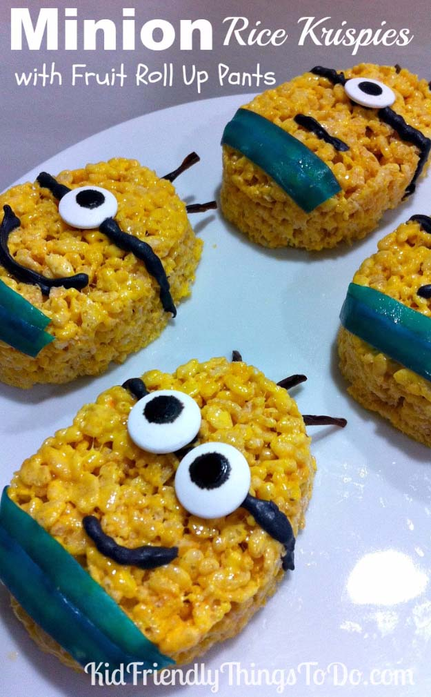 34 Fun Foods for Kids & Teens | Cool and Easy Recipes for Kids & Teenagers to Make At Home | Minion Rice Krispies | http://diyprojectsforteens.com/fun-foods-for-teens-kids