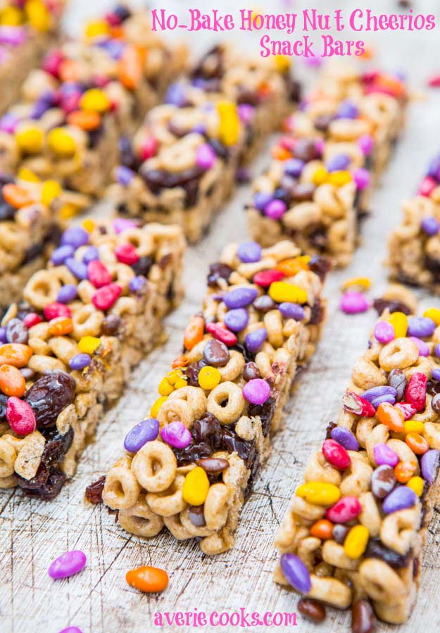34 Fun Foods for Kids & Teens | Cool and Easy Recipes for Kids & Teenagers to Make At Home | No-Bake Snack Bars with Cheerios | http://diyprojectsforteens.com/fun-foods-for-teens-kids