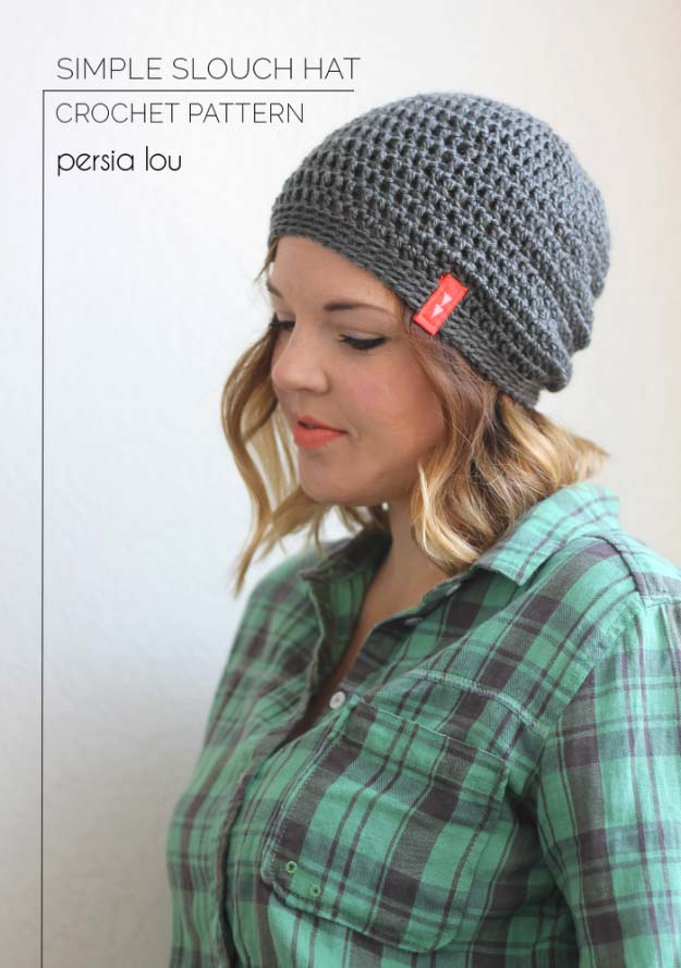 Cool DIY Fashion Ideas | Fun Do It Yourself Fashion projects | Learn how to refashion and sew jeans, T-shirts, skirts, and more | Slouch Hat | http://diyprojectsforteens.com/cool-diy-fashion-ideas/