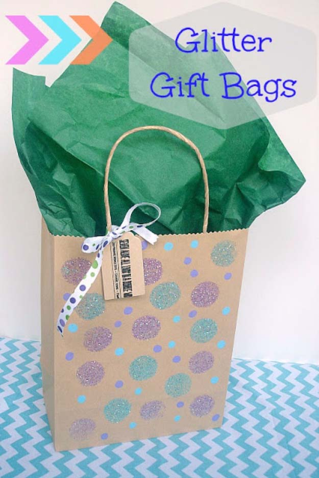 Cool DIY Crafts Made With Glitter - Sparkly, Creative Projects and Ideas for the Bedroom, Clothes, Shoes, Gifts, Wedding and Home Decor | Glitter Gift Bags | http://diyprojectsforteens.com/diy-projects-made-with-glitter/