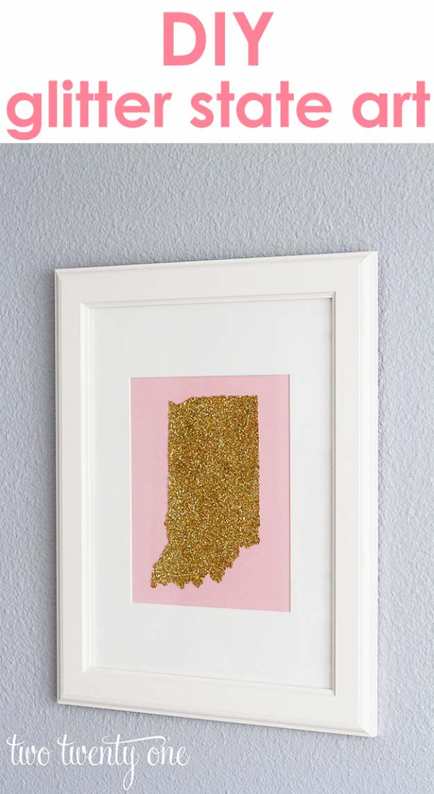 Cool DIY Crafts Made With Glitter - Sparkly, Creative Projects and Ideas for the Bedroom, Clothes, Shoes, Gifts, Wedding and Home Decor | Glittered State Map Art | http://diyprojectsforteens.com/diy-projects-made-with-glitter/
