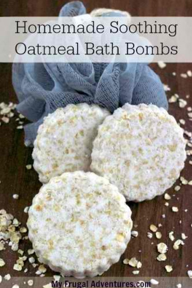 Homemade DIY Bath Bombs | Oatmeal Bath Bombs Tutorial Like Lush | Pretty and Cheap DIY Gifts | DIY Projects and Crafts by DIY JOY