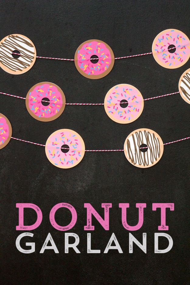 DIY Teen Room Decor Ideas for Girls | Adorable Doughnut Garland | Cool Bedroom Decor, Wall Art & Signs, Crafts, Bedding, Fun Do It Yourself Projects and Room Ideas for Small Spaces #diydecor #teendecor #roomdecor #teens #girlsroom