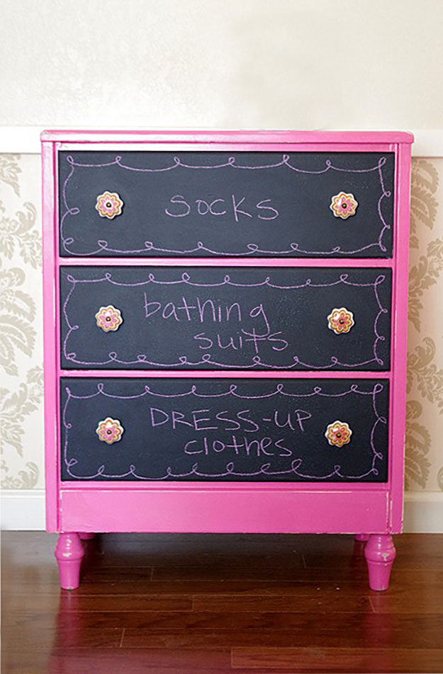 DIY Teen Room Decor Ideas for Girls | DIY Chalkboard Dresser Drawers | Cool Bedroom Decor, Wall Art & Signs, Crafts, Bedding, Fun Do It Yourself Projects and Room Ideas for Small Spaces #diydecor #teendecor #roomdecor #teens #girlsroom