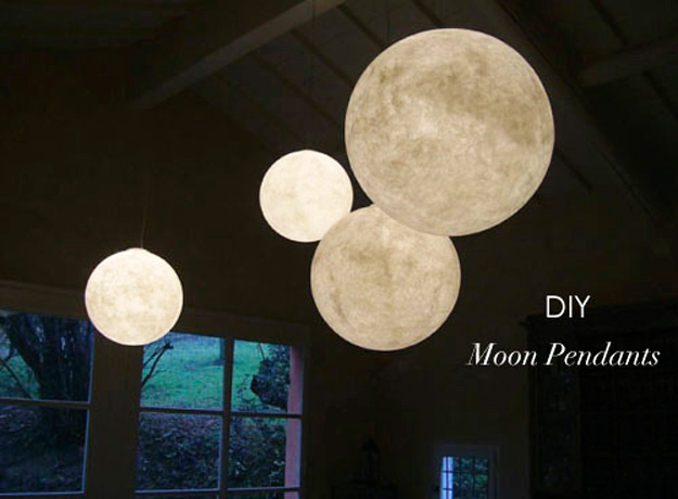Cool DIY Ideas for Fun and Easy Crafts - Easy Crafts for Teen Girls - DIY Moon Pendant for Easy DIY Lighting in Teens Rooms - Dip Dyed String Wall Hanging - DIY Mini Easel Makes Fun DIY Room Decor Idea - Awesome Pinterest DIYs that Are Not Impossible To Make - Creative Do It Yourself Craft Projects for Adults, Teens and Tweens. http://diyprojectsforteens.com/fun-crafts-pinterest