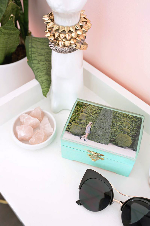 easy crafts diy epoxy jewelry box is a cool modern diy home decor