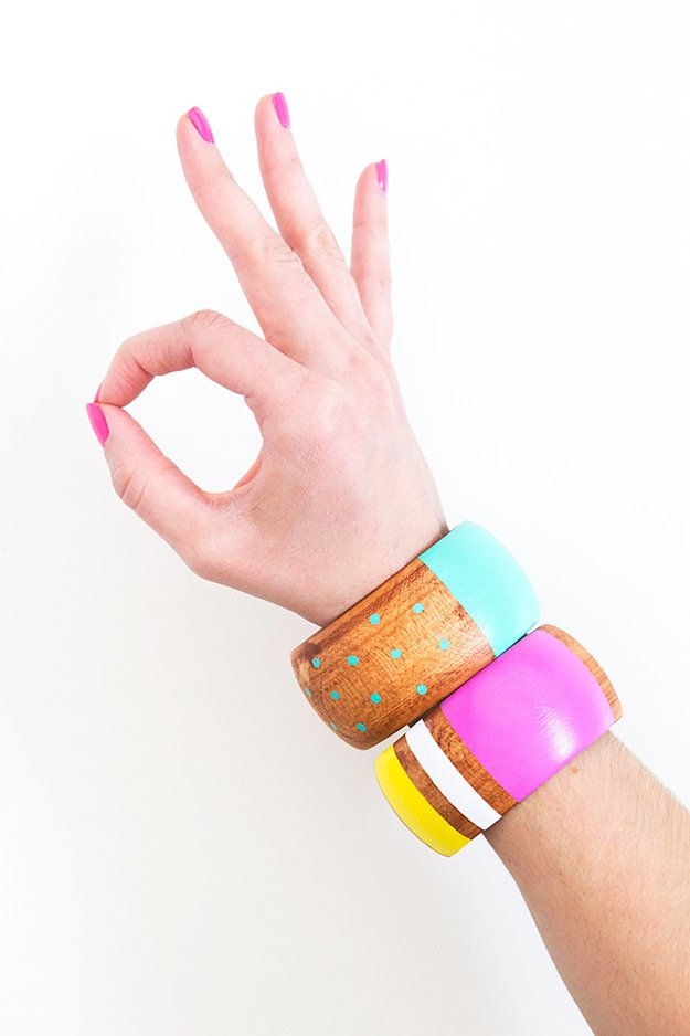 Washi Tape Crafts - Wood Bracelets - Wall Art, Frames, Cards, Pencils, Room Decor and DIY Gifts, Back To School Supplies - Creative, Fun Craft Ideas for Teens, Tweens and Teenagers - Step by Step Tutorials and Instructions #washitape #crafts #cheapcrafts #teencrafts