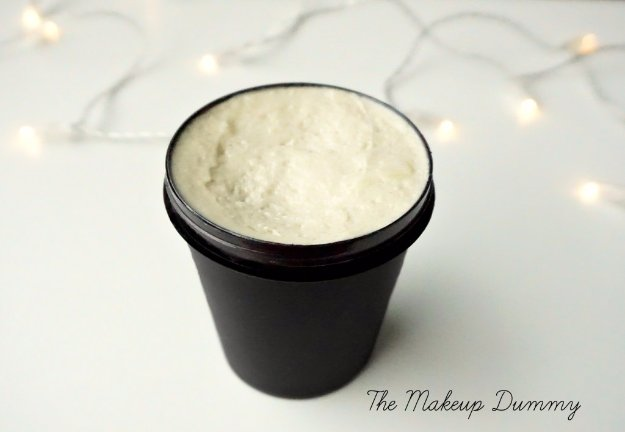 DIY Lush Inspired Recipes - DIY Lush Dream Cream Inspired Body Lotion - How to Make Lush Products like Bath Bombs, Face Masks, Lip Scrub, Bubble Bars, Dry Shampoo and Hair Conditioner, Shower Jelly, Lotion, Soap, Toner and Moisturizer. Copycat and Dupes of Ocean Salt, Buffy, Dark Angels, Rub Rub Rub, Big, Dream Cream and More. #teencrafts #lush #beautyideas #diybeauty #bathbombs