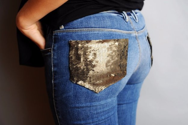 Jeans Makeovers - DIY Sequin Pocket Jeans - Easy Crafts and Tutorials to Refashion Your Jeans and Create Ripped, Distressed, Bleach, Lace Edge, Cut Off, Skinny, Shorts, and Painted Jeans Ideas http://diyprojectsforteens.com/diy-jeans-makeovers