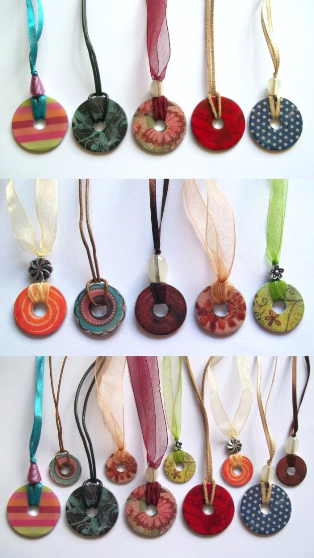 Crafts to Make and Sell - DIY Washer Necklace - Cool and Cheap Craft Projects and DIY Ideas for Teens and Adults to Make and Sell - Fun, Cool and Creative Ways for Teenagers to Make Money Selling Stuff to Make http://diyprojectsforteens.com/crafts-to-make-and-sell-for-teens