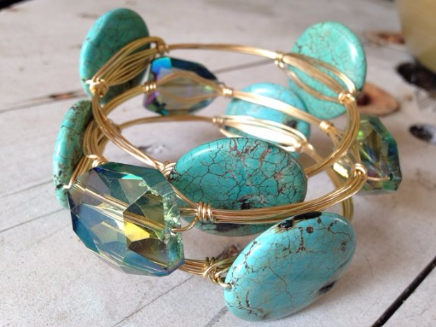 Crafts to Make and Sell - Make Wire Bangles with Wraps - Cool and Cheap Craft Projects and DIY Ideas for Teens and Adults to Make and Sell - Fun, Cool and Creative Ways for Teenagers to Make Money Selling Stuff to Make http://diyprojectsforteens.com/crafts-to-make-and-sell-for-teens