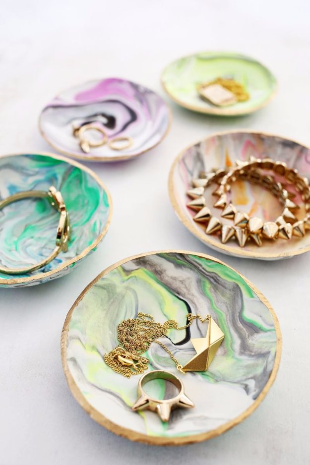 Crafts to Make and Sell - Marbled Clay Ring Dish - Cool and Cheap Craft Projects and DIY Ideas for Teens and Adults to Make and Sell - Fun, Cool and Creative Ways for Teenagers to Make Money Selling Stuff to Make #teencrafts #diyideas #craftstosell