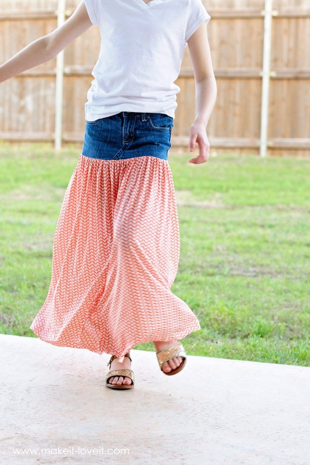Jeans Makeovers - Turn Old Jeans into a Maxi Skirt - Easy Crafts and Tutorials to Refashion Your Jeans and Create Ripped, Distressed, Bleach, Lace Edge, Cut Off, Skinny, Shorts, and Painted Jeans Ideas http://diyprojectsforteens.com/diy-jeans-makeovers