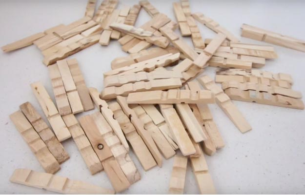 Clothespins-lamp-supplies