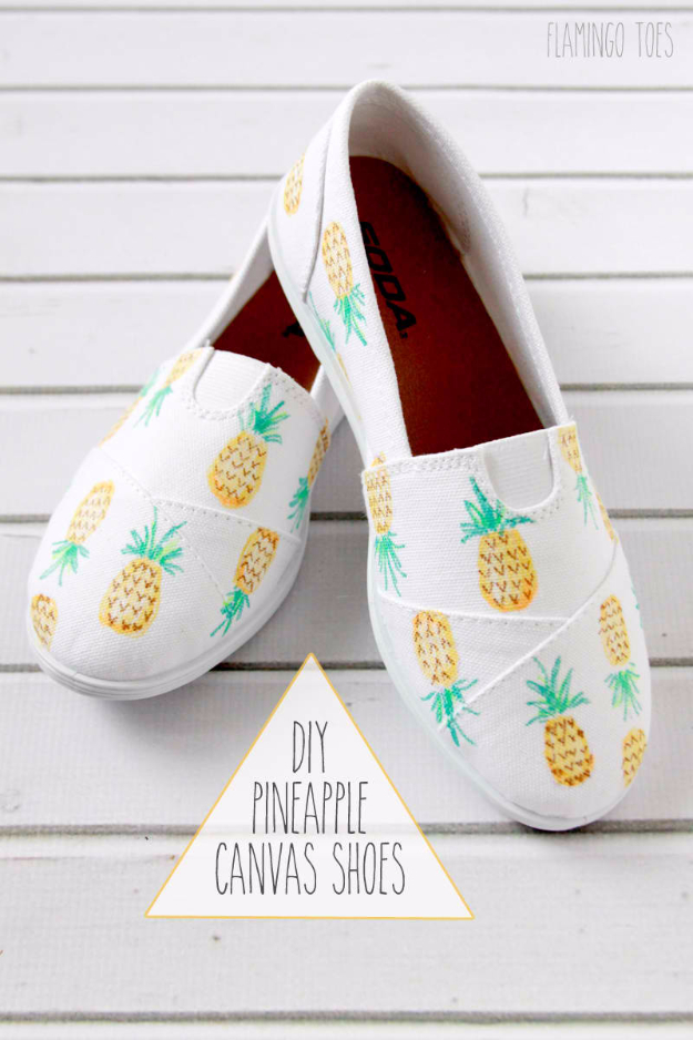 2b6d6ab4ca6f DIY Shoe Makeovers - DIY Painted Pineapple Shoes - Cool Ways to Update