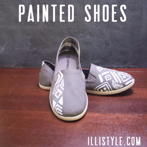 DIY Shoe Makeovers - DIY Painted Shoes - Cool Ways to Update, Decorate, Paint, Bedazle and Add Sparkle to Your Flats, Pumps, Tennis Shoes, Boots and Boring Shoes - Cool Crafts and DIY Shoe Ideas for Teens and Adults http://diyprojectsforteens.com/diy-shoe-makeovers