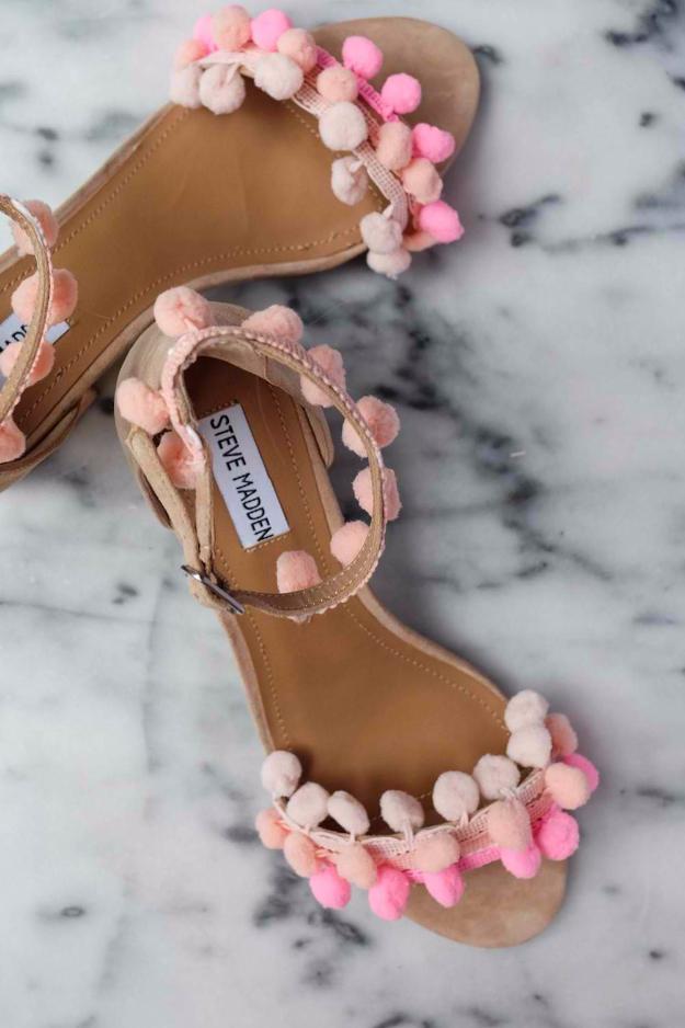 bece6ff54816a DIY Shoe Makeovers - DIY Pom Pom Sandals - Cool Ways to Update