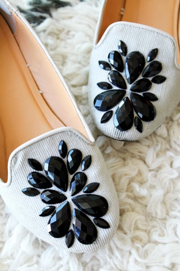 36 Fabulous Shoe Makeovers Anyone Can Do!