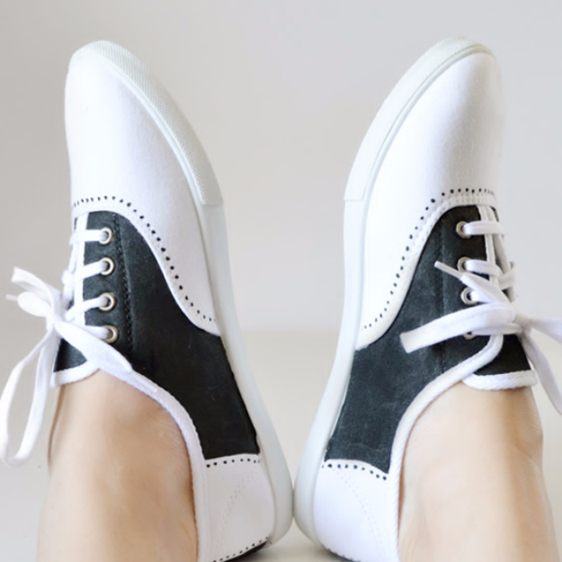 DIY Shoe Makeovers - Faux Paddle Shoes Tutorial - Cool Ways to Update, Decorate, Paint, Bedazle and Add Sparkle to Your Flats, Pumps, Tennis Shoes, Boots and Boring Shoes - Cool Crafts and DIY Shoe Ideas for Teens and Adults