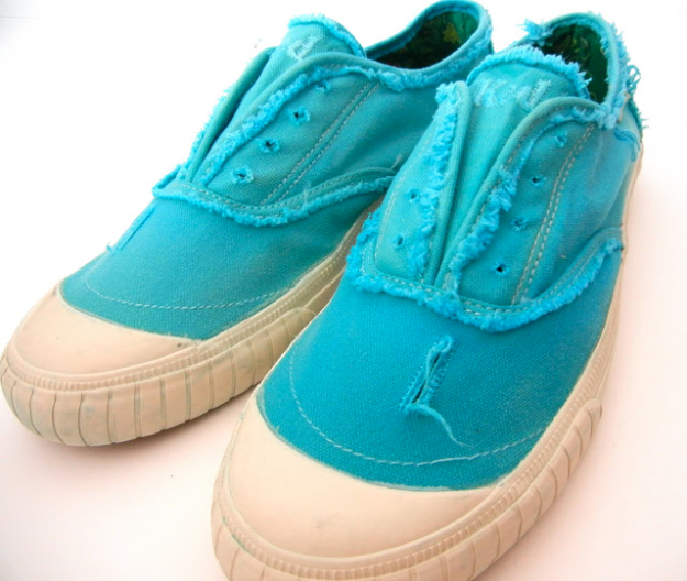 DIY Shoe Makeovers - Tennis Shoes Makeover - Cool Ways to Update, Decorate, Paint, Bedazle and Add Sparkle to Your Flats, Pumps, Tennis Shoes, Boots and Boring Shoes - Cool Crafts and DIY Shoe Ideas for Teens and Adults
