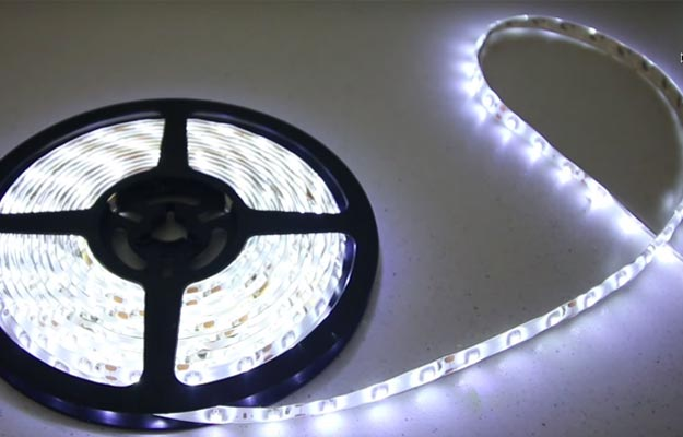 light-clothespin-lamp