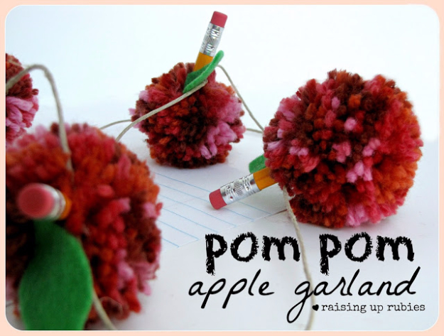 DIY Crafts with Pom Poms - Pom Pom Apple Garland - Fun Yarn Pom Pom Crafts Ideas. Garlands, Rug and Hat Tutorials, Easy Pom Pom Projects for Your Room Decor and Gifts http://diyprojectsforteens.com/diy-crafts-pom-poms