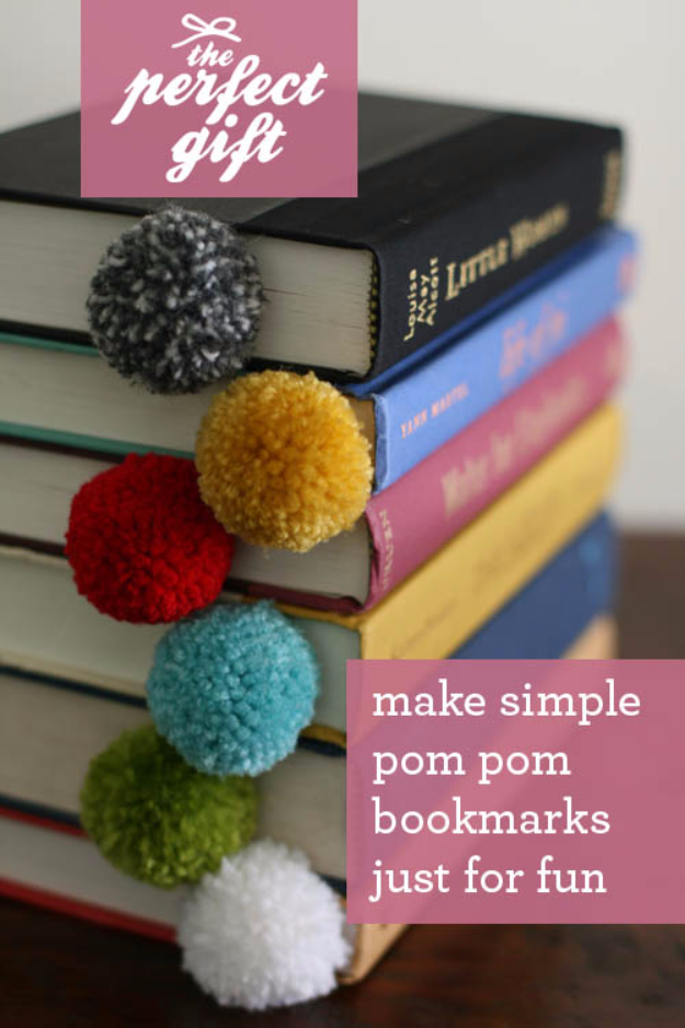 DIY Crafts with Pom Poms - Yarn Ball Bookmark - Fun Yarn Pom Pom Crafts Ideas. Garlands, Rug and Hat Tutorials, Easy Pom Pom Projects for Your Room Decor and Gifts http://diyprojectsforteens.com/diy-crafts-pom-poms