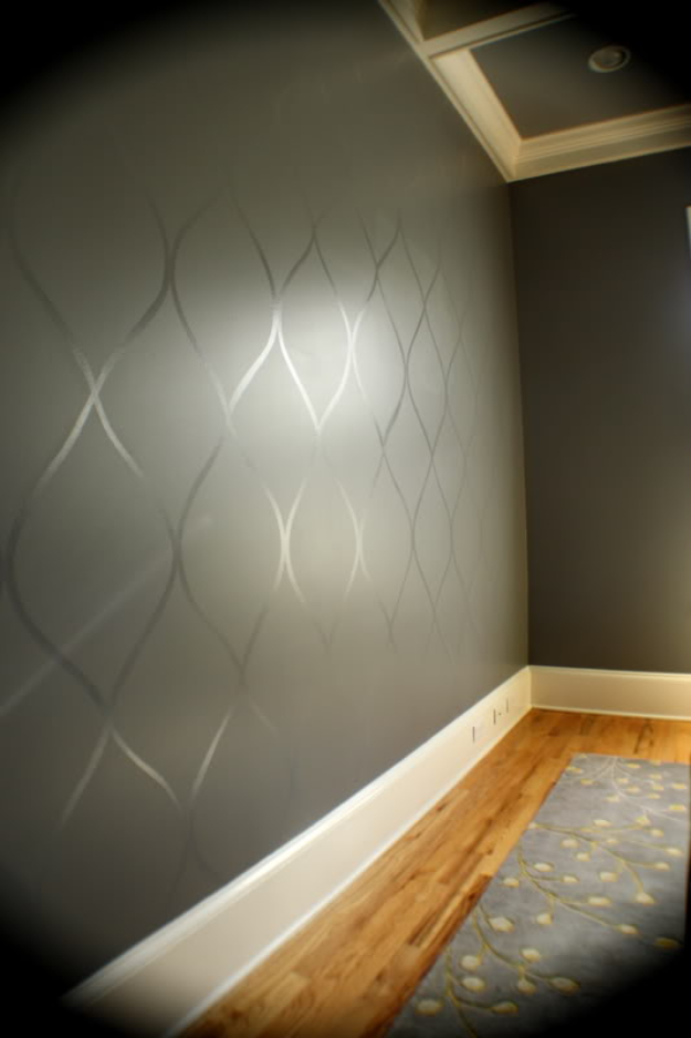 DIY Ideas for Painting Walls - Wavy Wall - Cool Ways To Paint Walls - Techniques, Tips, Stencils, Tutorials, Fun Colors and Creative Designs for Living Room, Bedroom, Kids Room, Bathroom and Kitchen http://diyprojectsforteens.com/cool-ways-to-paint-walls