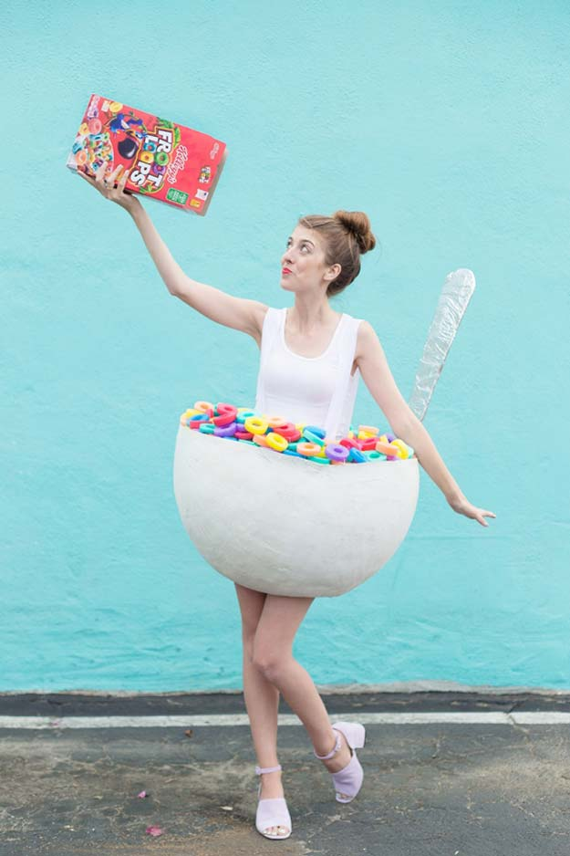 best last minute diy halloween costume ideas cereal bowl costume do it yourself costumes - Easy Homemade Halloween Costumes Teens