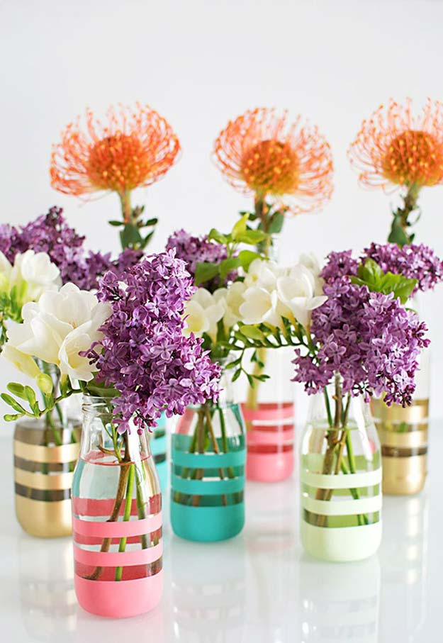 DIY Gifts for Teens - Upcycling Glass Bottles Into Vases - Cool Ideas for Girls and Boys, Friends and Gift Ideas for Teenagers. Creative Room Decor, Fun Wall Art and Awesome Crafts You Can Make for Presents http://diyprojectsforteens.com/diy-gifts-for-teens
