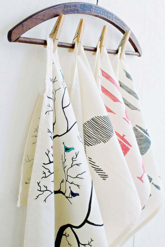 DIY Gifts for Teens - DIY Tea Towel - Cool Ideas for Girls and Boys, Friends and Gift Ideas for Teenagers. Creative Room Decor, Fun Wall Art and Awesome Crafts You Can Make for Presents #teengifts #teencrafts